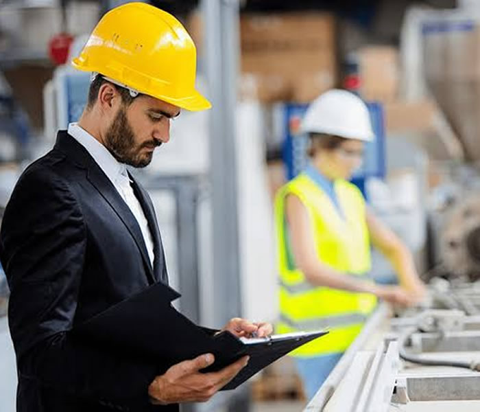 You are currently viewing Safety Critical in the workplace, the United Kingdom Perspective.