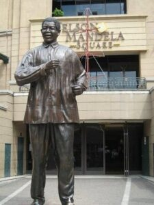 Read more about the article Baba  is the Father of Democracy: South Africa erects Statue Of Raila Odinga In South Africa Excites Kenyans.
