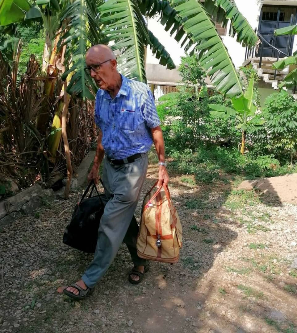 You are currently viewing 81 Year Old Fr. Adolf Omogaka Poll Returns Home for Retirement with Only Two Small Bags