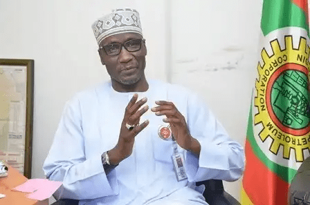 You are currently viewing Price of petrol should be more than N280/litres _NNPC MD Mallam Mele Kyari