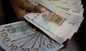 Read more about the article Naira Appreciates Against Dollar; Strengthens to N512
