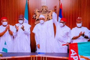 Read more about the article Anambra 2021: Buhari presents flag to APC candidate Andy Ubah despite his rejection by stakeholders