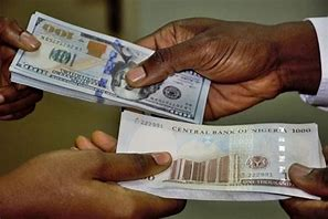 Read more about the article Naira Slips To Record Low Despite Growing Forex Reserves